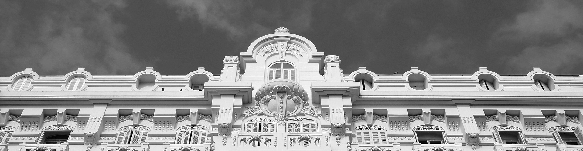 Winter Palace - Agence Grapho à Saint-Raphaël
